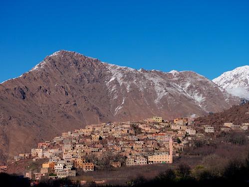 sun mountains trekking walking high hill morocco maroc atlas jebel hillwalking toubkal aroumd