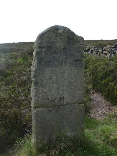 Milestone, Houndkirk Road