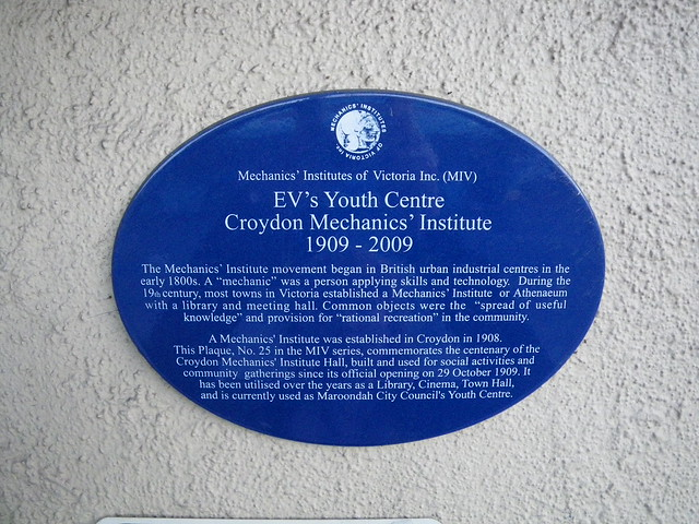Photo of Croydon Mechanics' Institute blue plaque