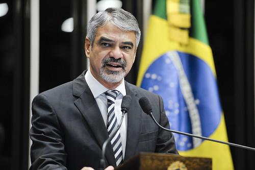 08/05/13 | Senador Humberto Costa (PT/PE) discursa no Plenário do Senado. Foto: Lia de Paula / Agência Senado.
