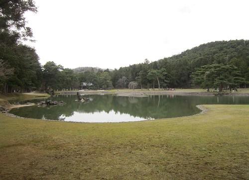 毛越寺の浄土庭園 2013年4月20日 by Poran111