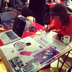 Hannah Epstein PSXXXYBORG-ing at #bitbazaar