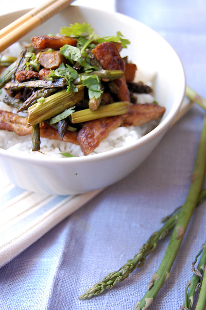 "vegan ""chicken"" and asparagus stir fry"