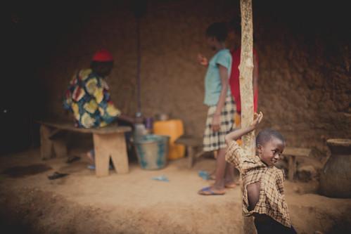 water farmers farming mining diamond clean sierraleone agriculture easternprovince koidu pelewanhun