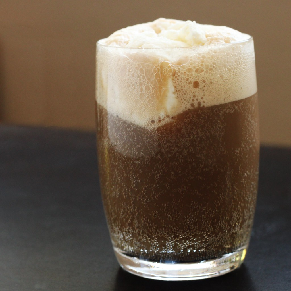 root beer carbonated beverage