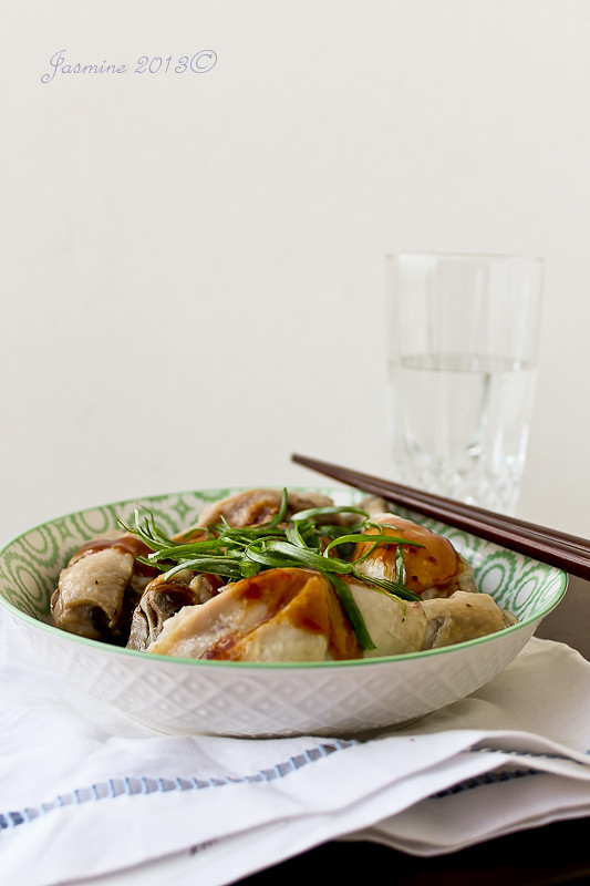 Abalone Sauce Steamed Chicken