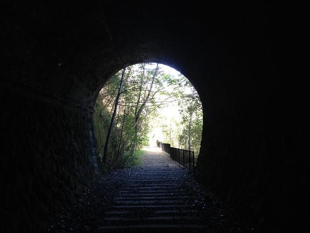 旧福知山線廃線跡-トンネル出口