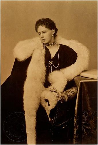 Maria regina di Romania-2