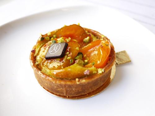 12-02 apricot tart