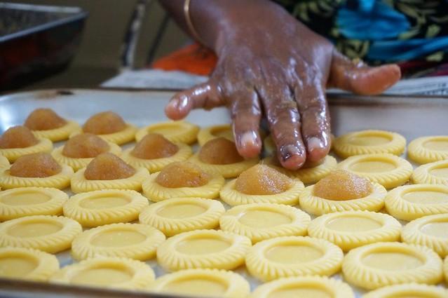 bee bee pineapple tarts - best in melaka -003