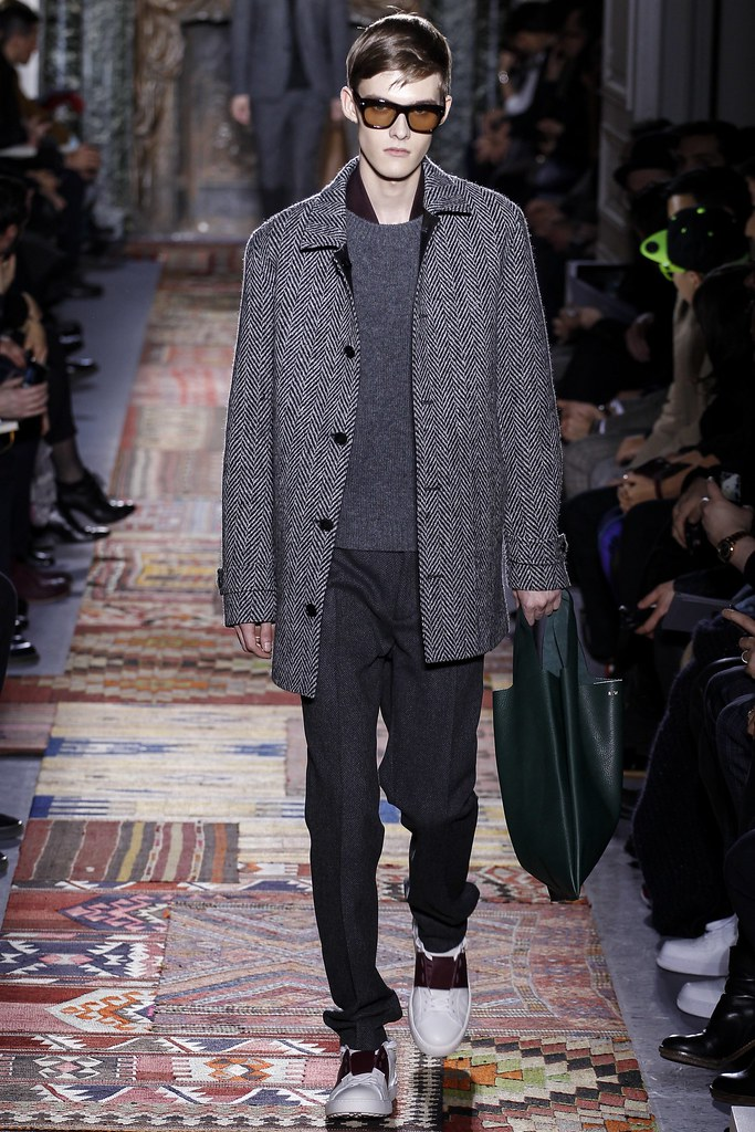 Adam Abraham3051_FW14 Paris Valentino(VOGUE)
