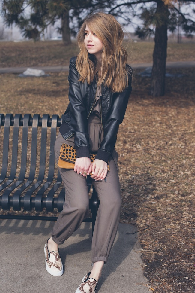 chelsea+lane+zipped+truelane+blog+fashion+style+minneapolis+blogger+american+eagle+romper+leather+jacket+snakeskin+chiara+gerragni+steve+madden+tnyc+slip+on+daame2
