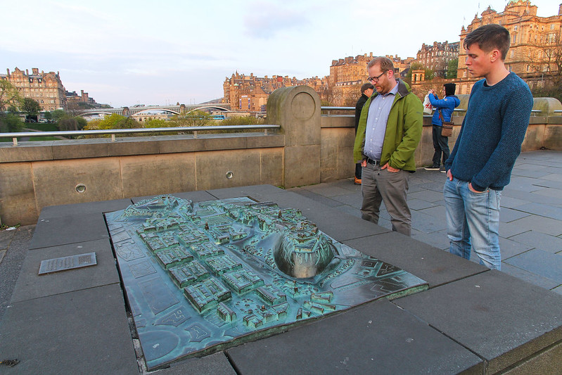 The Mound - Edinburgh (Scotland UK)