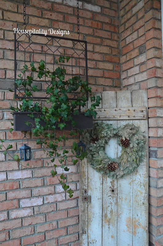Upcycled Christmas Wreath-Housepitality Designs
