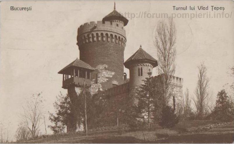 """""""Castelul lui Țepeş"""" din parcul Carol"""