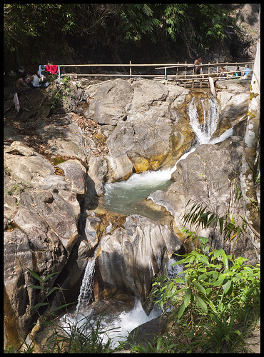 Tone Pariwat Waterfall