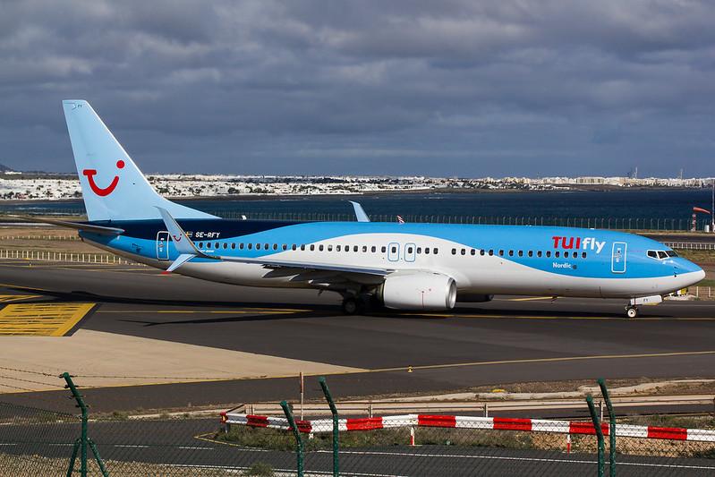 TUIfly Nordic - B738 - SE-RFY (1)