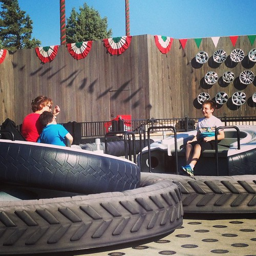 Luigis tires before it gets shut down. #Disneyland #carsland