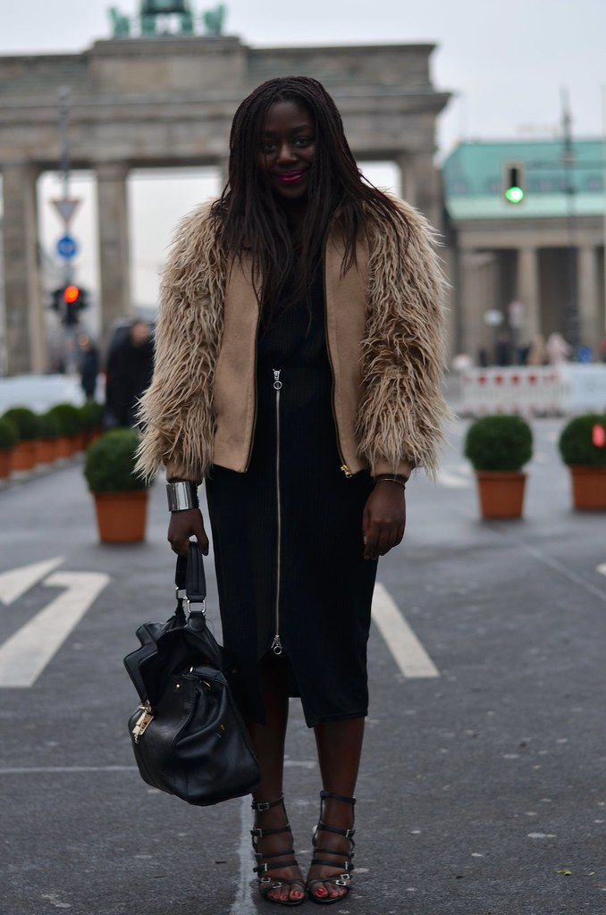 Lois Opoku outfit berlin fashion week lisforlois