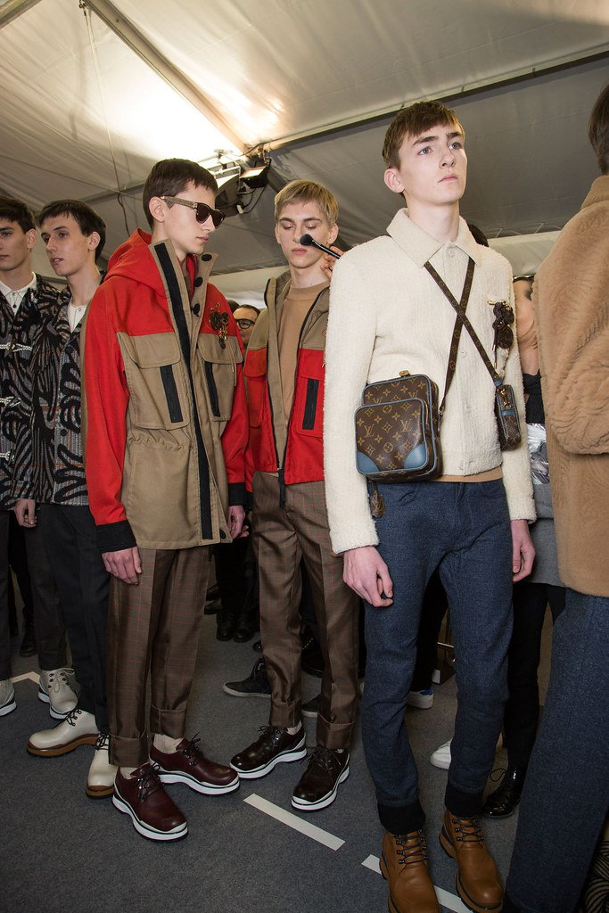 Dominik Sadoch3269_FW15 Paris Louis Vuitton(fashionising.com)
