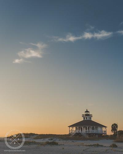 park old november sunset lighthouse beach gulfofmexico evening coast nikon gulf florida wideangle landmark shore historical inlet coastline fl goldenhour gulfcoast 2014 southwestflorida bocagrande gasparillaisland portbocagrandelighthouse portbocagrande nikkor1635mmf4vr jschusteritsch jonschusteritsch gasparillalights