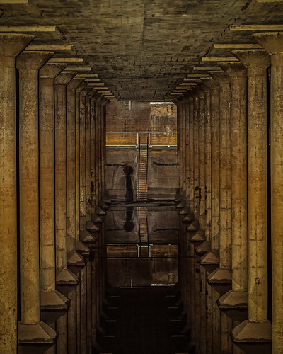 park old reflection public water stairs reflections concrete industrial columns storage railings municipal cistern watersupply buffalobayou bbpcistern