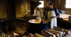 Exkurze ve Švýcarsku - sýrárny, čokoládovny, hodinářství, výroba nožů...