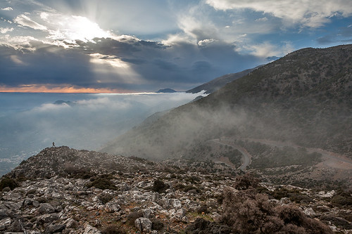mountains clouds landscape 500v20f greece 500v50f crete rays 1000v100f topf100 canonef2470mmf28lusm gettyimages rouvas raysoflight canoneos5d 1500v60f 1000v40f 3000v120f 30faves30comments300views gergeri gettyimages:dateadded=20130626