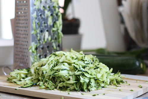 dash of zest: Quinoa with Zucchini, Currants & Dill