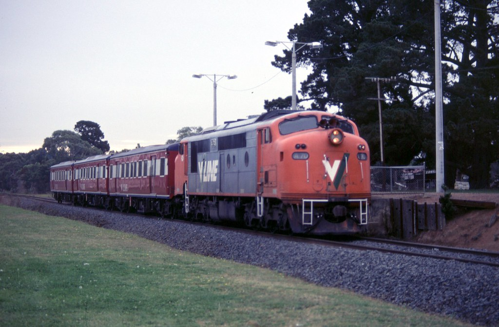 A70 at Tyabb by Alan Greenhill