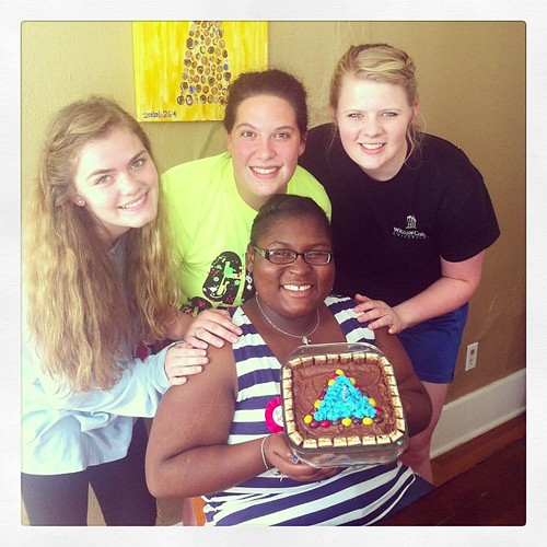 The birthday girl and her pledge sisters. #troubadourpledges #homefromcollege #bdaycake #
