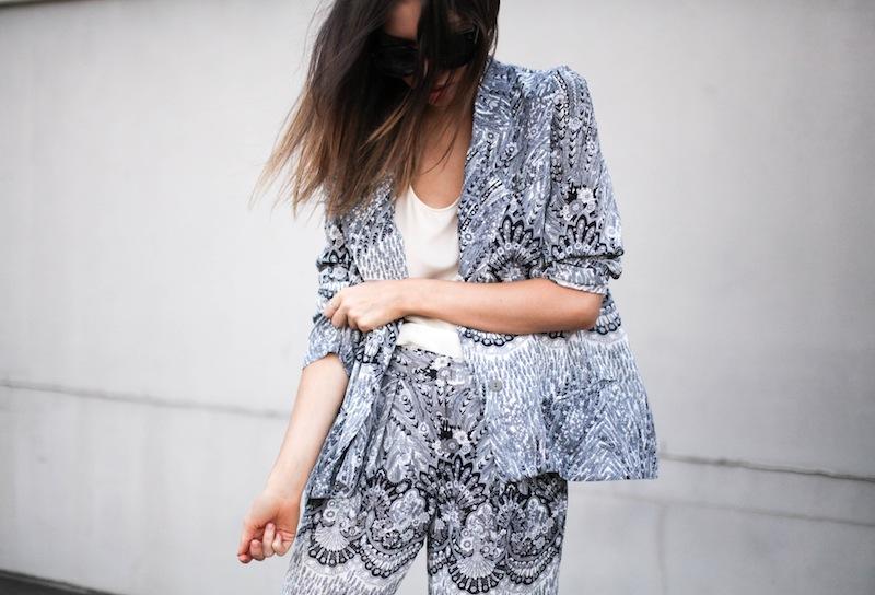 modern legacy fashion style blog Australia Zimmermann print blazer pants street style macthing suit grey