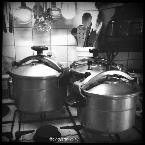 my vintage pressure cookers
