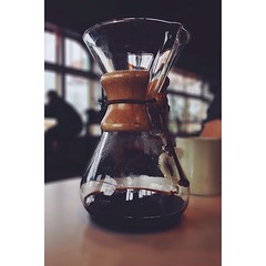 Rainy day #Chemex at @bluebeardcoffee. #VSCOcam || F1 #afterfocus