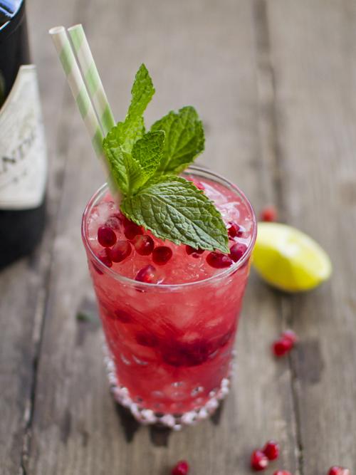 pomegranate gin smash