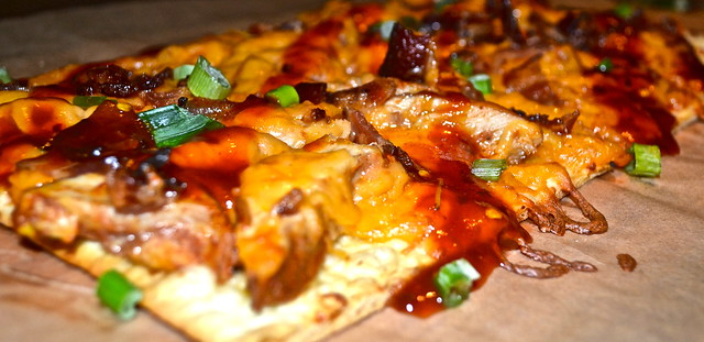 Flatbread with Datil pepper and bbq chicken