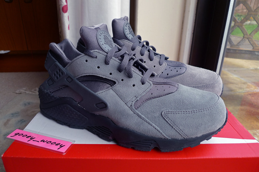 new product 663f3 ccccc Nike Air Huarache - Cool Grey   Dark Grey - Anthracite (31…   Flickr