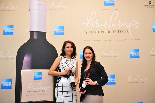 Robert Parker Grand World Tour_1