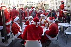 cardinal(0.0), people(1.0), crowd(1.0), santa claus(1.0),