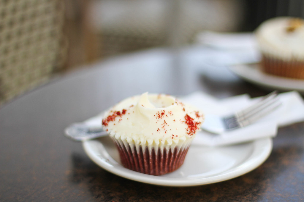 Hummingbird red velvet