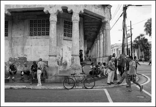 straathoek in cuba by hans van egdom