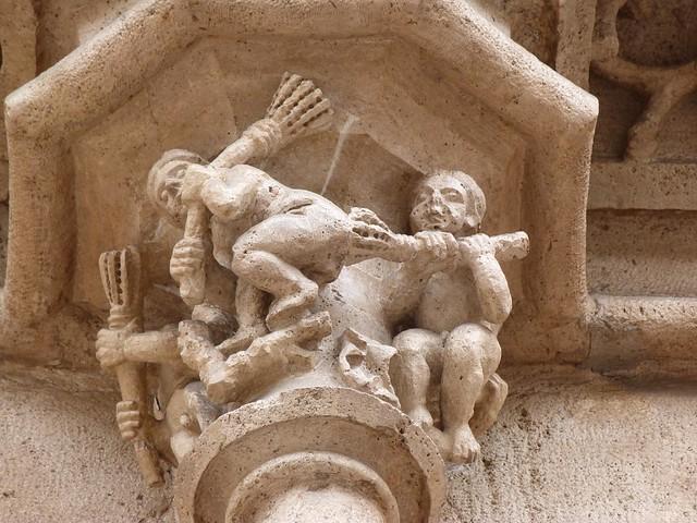 Capitel de la Lonja de la Seda de Valencia