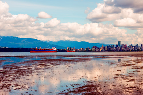 Ships from Vancouver Harbour at 200km