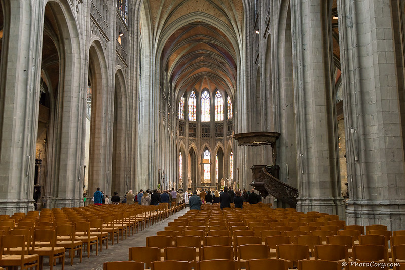 Interior of Sainte Waudru collegiate church