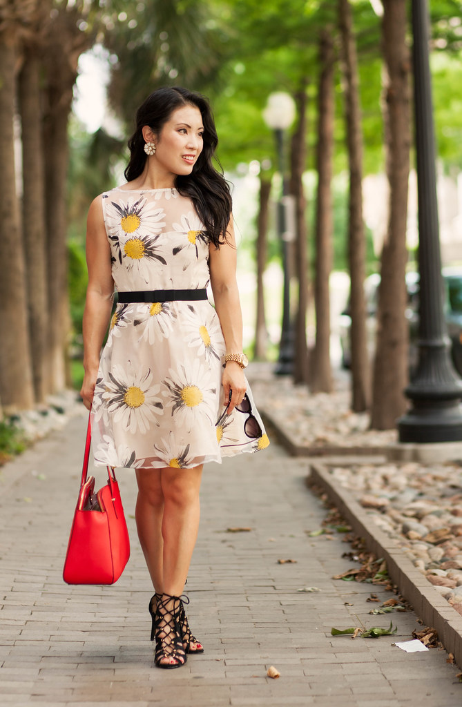cute & little blog | petite fashion | oasap daisy semi-sheer organza dress, kate spade red tote, black lace-up sandals | spring outfit