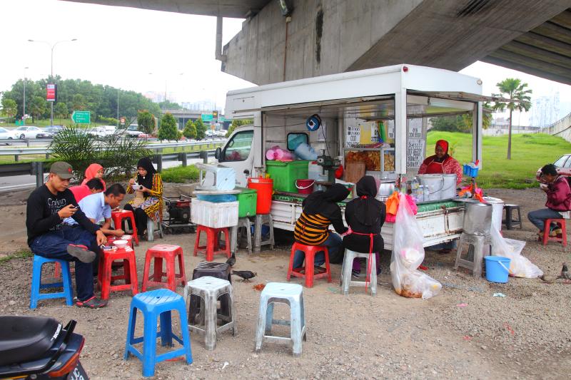 Jalan-Kuching-Rojak & Cendol-Stall