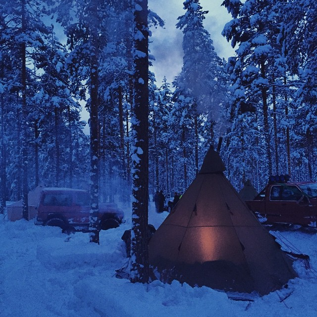 Just two nights ago... Feels like an another world. #camping #winter #lavo #rena #wolfroad #offroad #4x4