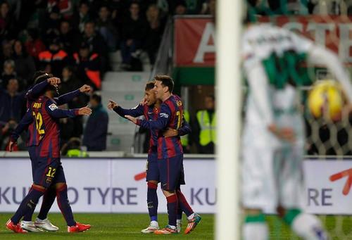 Lucieron Neymar y Messi