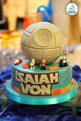Star Wars Inspired Cake from MheAnne Romero-Cruz of Dream Bakers
