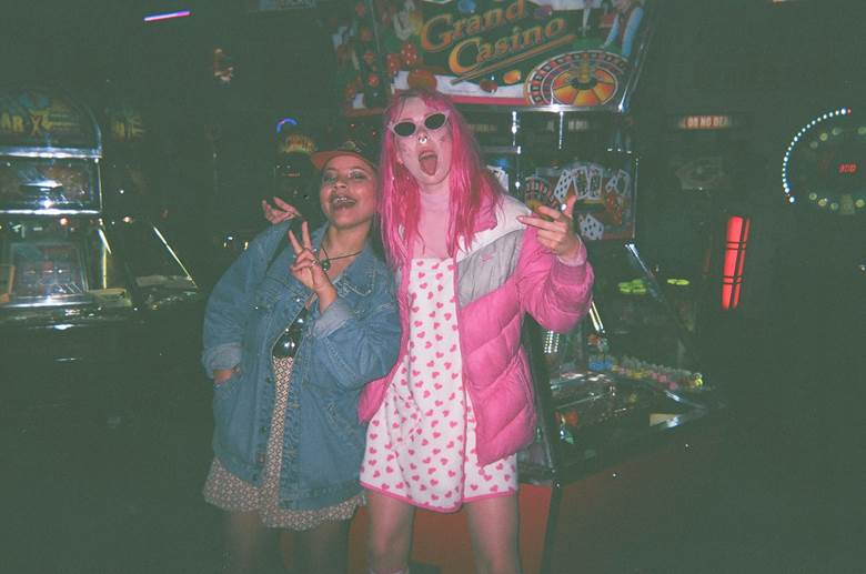 Disposable Diary: GIRLI